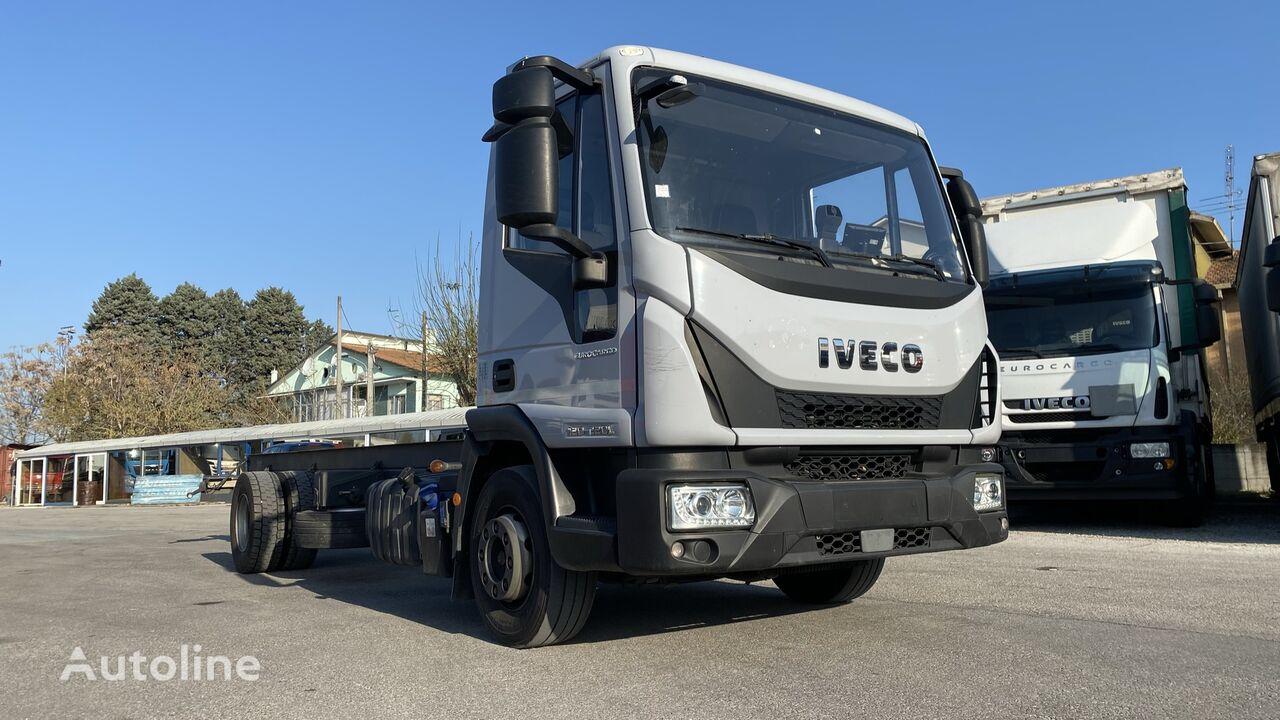 IVECO EUROCARGO 120 22 L 120 EL 22 P camión chasis