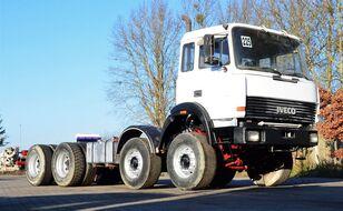 IVECO MAGIRUS 320E32 camión chasis
