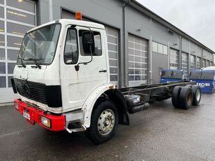 MERCEDES-BENZ 2522 6x2 10 tires chassis camión chasis
