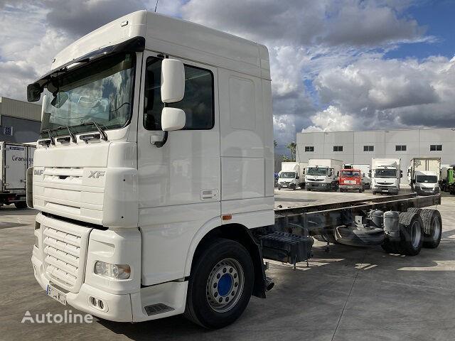 DAF FAS XF 105 400 camión chasis