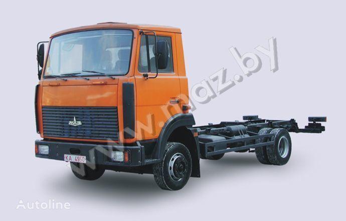 MAZ 4370 camión chasis