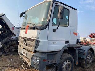 MERCEDES-BENZ 4141 camión chasis