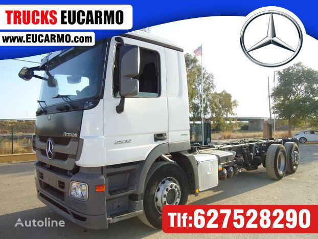 MERCEDES-BENZ ACTROS 25 32 camión chasis