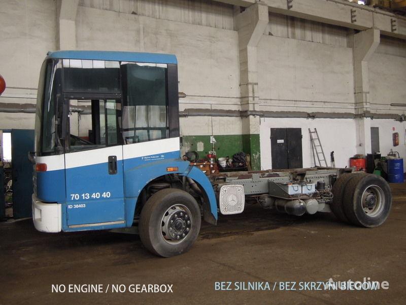 MERCEDES-BENZ Econic 1828 camión chasis