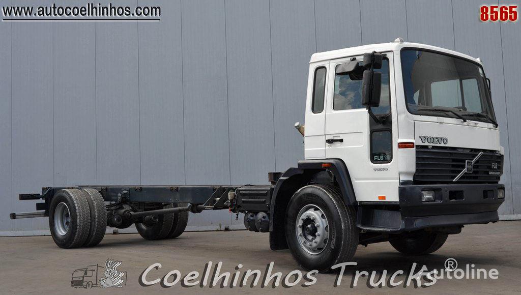 VOLVO FL6 19 camión chasis