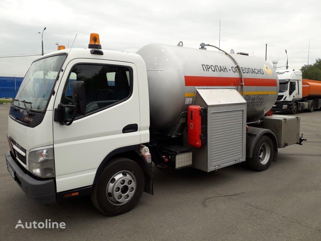 camión cisterna de gas Mitsubishi Fuso FUSO