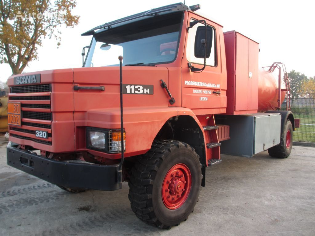 RENAULT GLR310 camión cisterna