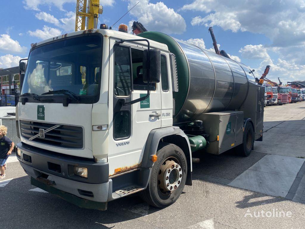 VOLVO Fl 18-250 tankwagen /bierwagen camión cisterna