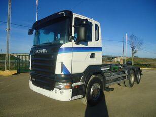 SCANIA R 420 camión con gancho
