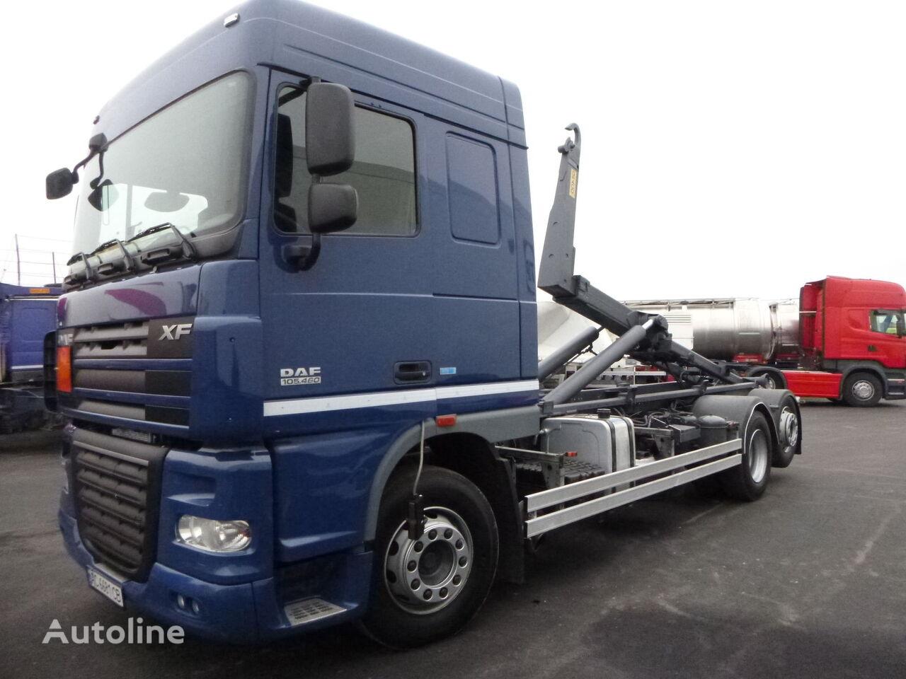 DAF 105.460 camión con gancho