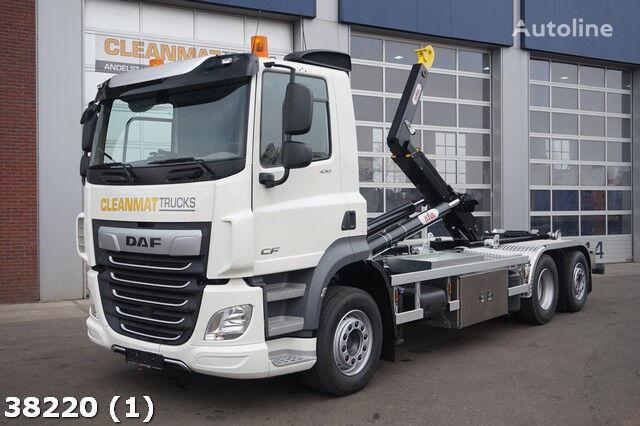 DAF FAN CF 430 6x2 camión con gancho
