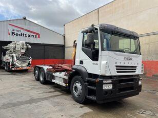 IVECO STRALIS 400 camión con gancho