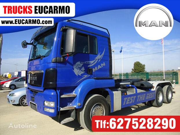 MAN TGS 26 440 camión con gancho