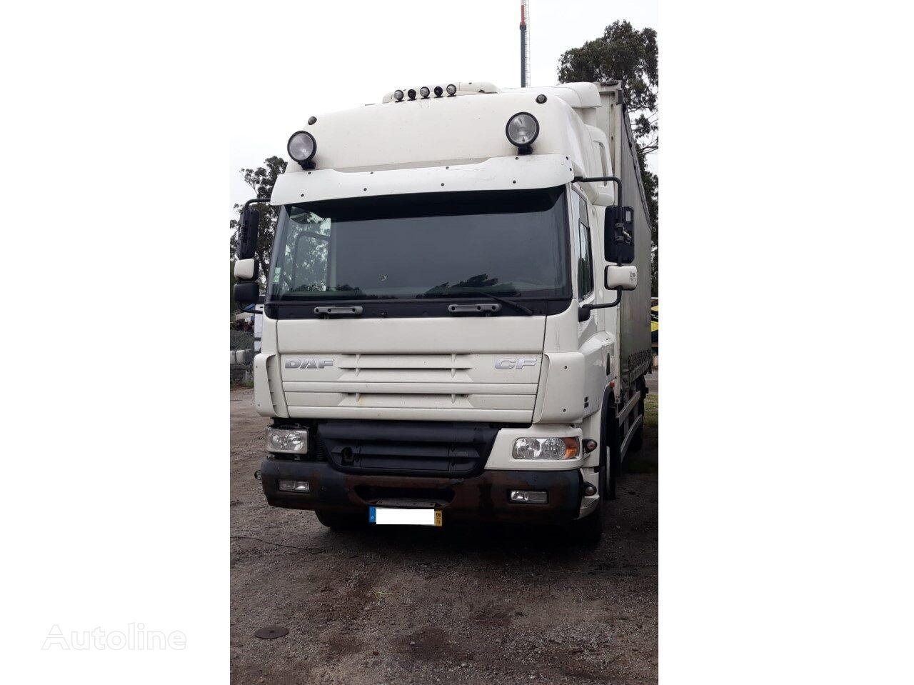 DAF CF 75.360 camión con lona corredera