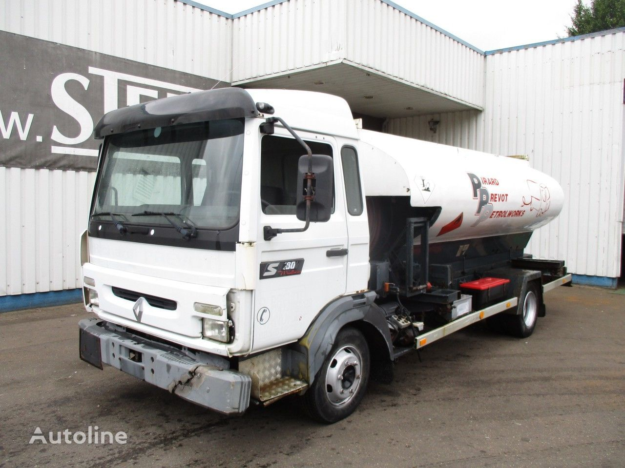 RENAULT Midliner S 180 , 4x2 , Belgium Fuel Truck , 7000 liters camión de combustible