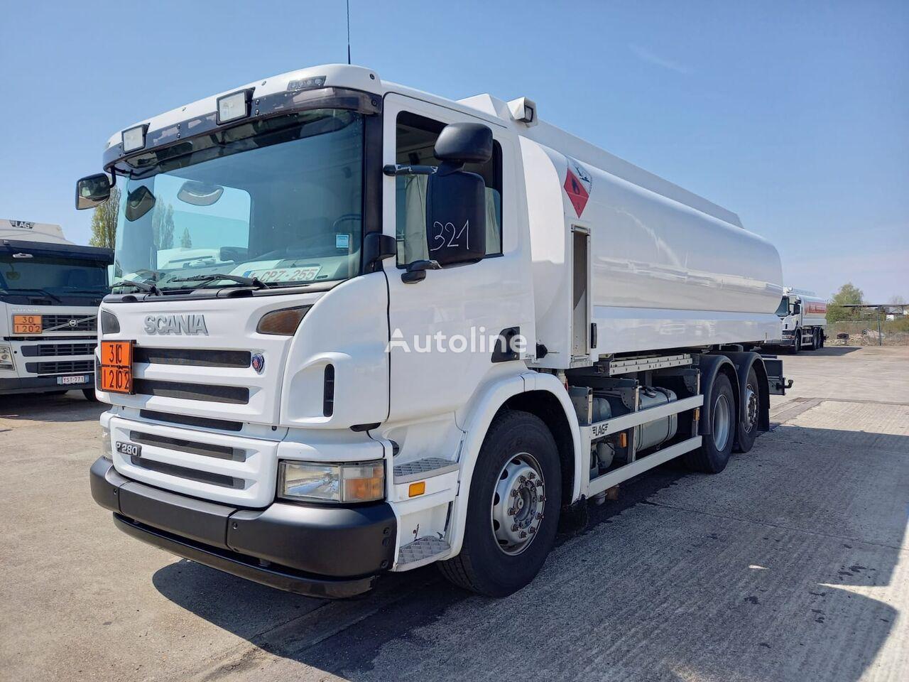 SCANIA camión de combustible