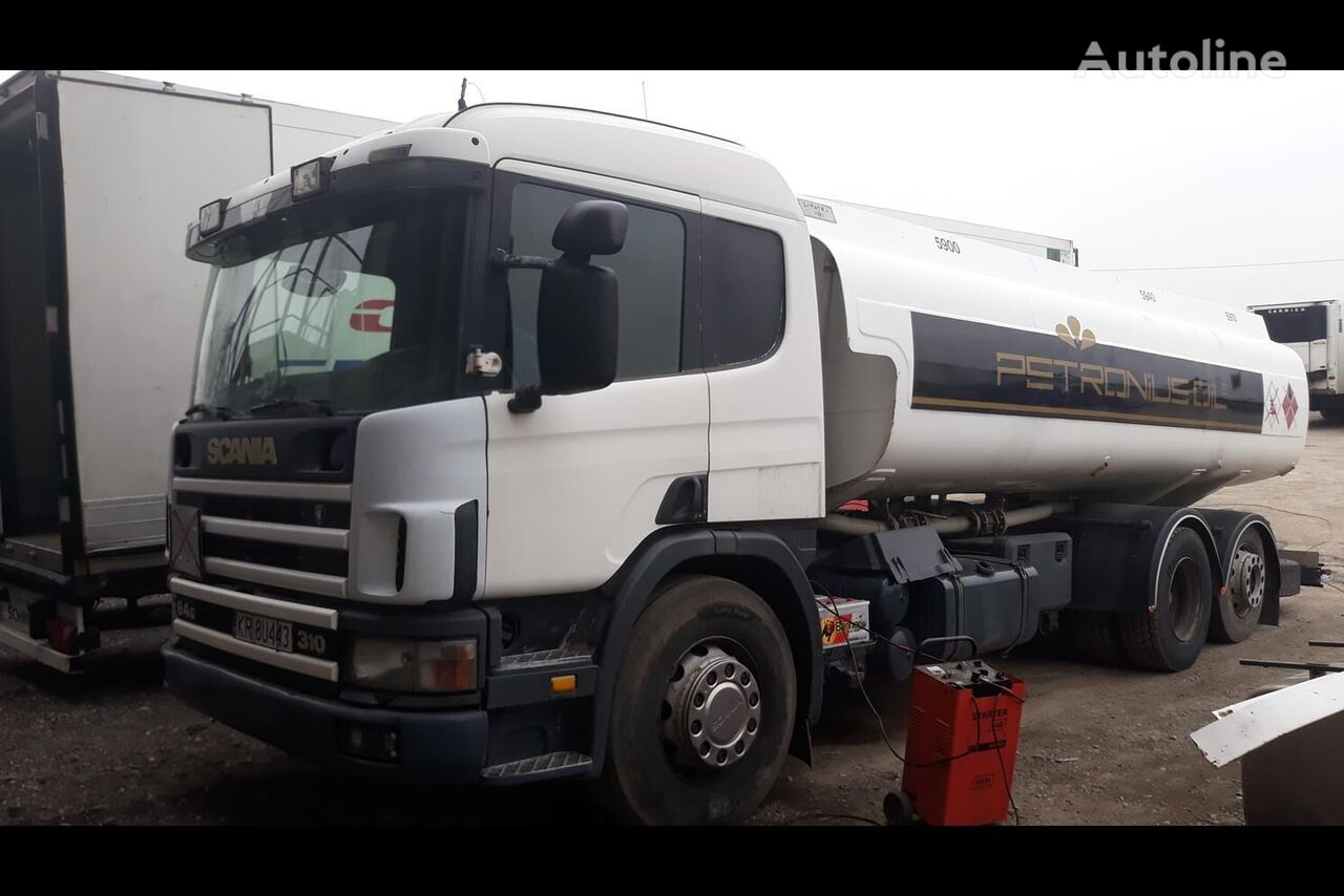 SCANIA P94 camión de combustible