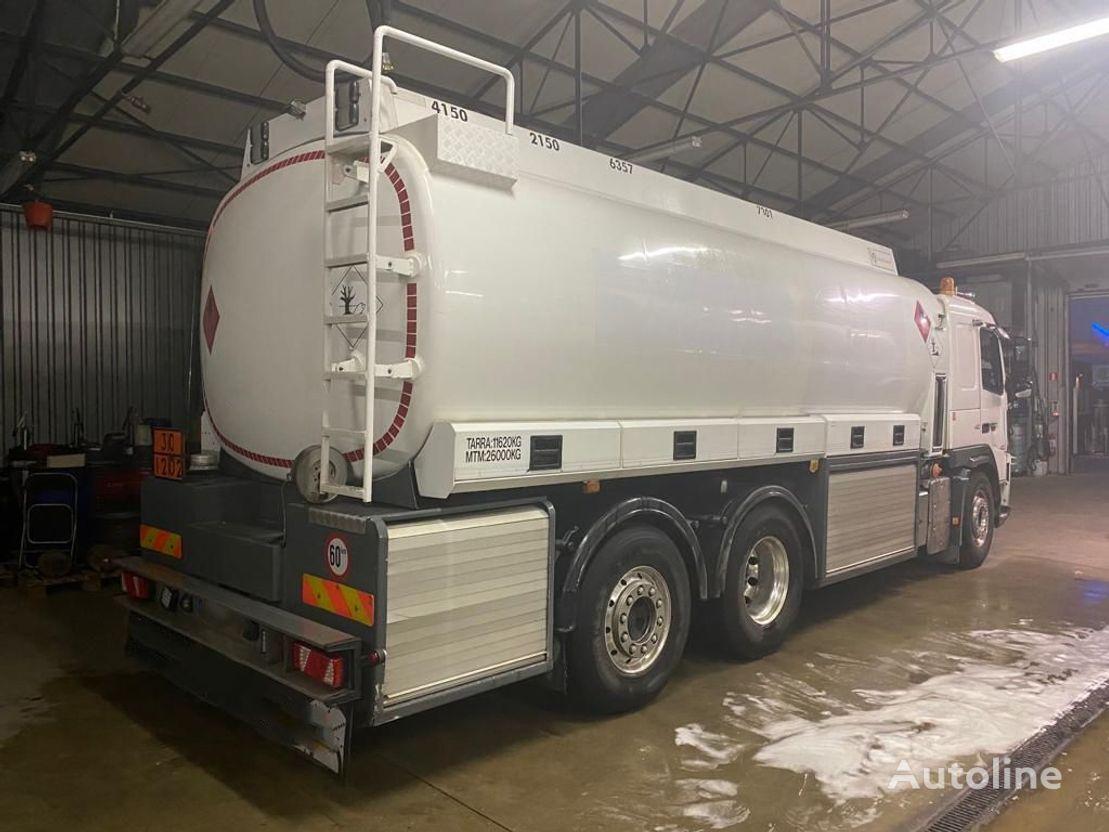 VOLVO FM 420 camión de combustible