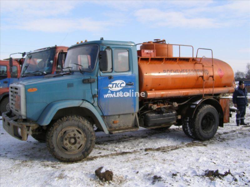ZIL 4310 camión de combustible