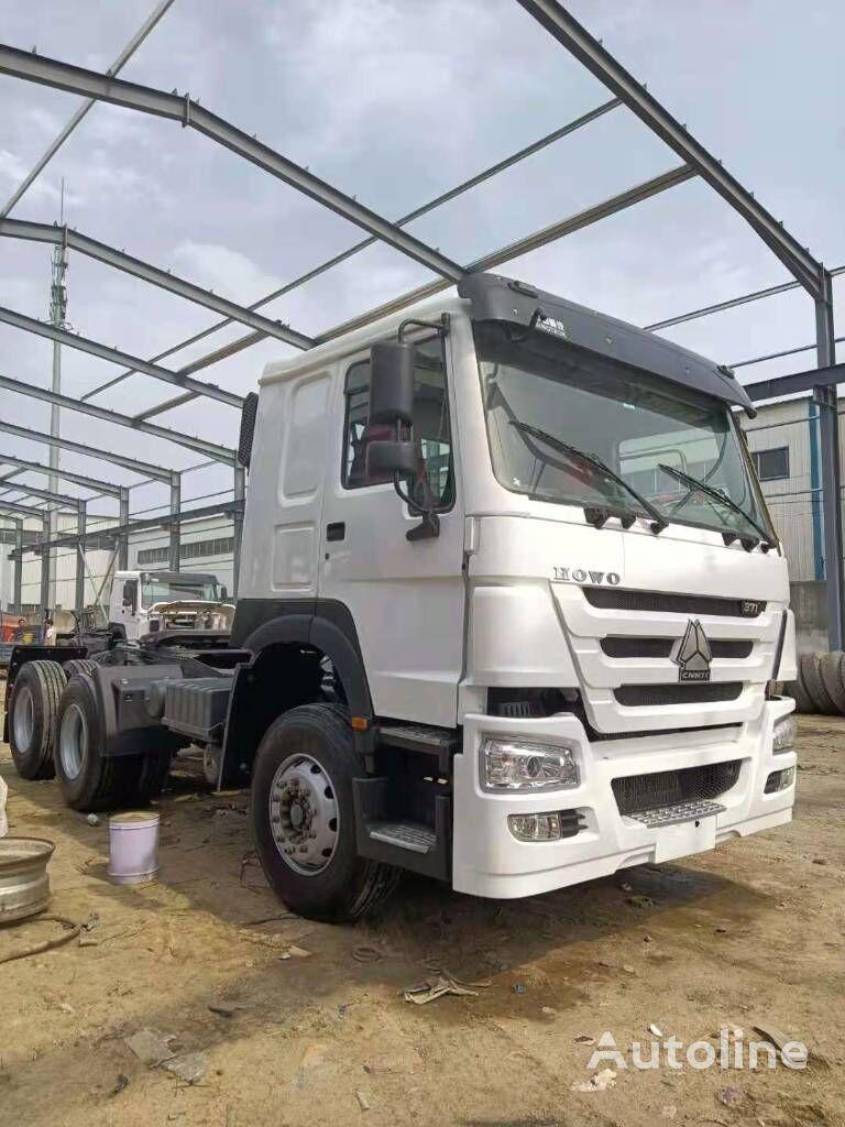 HOWO ZZ3257N4347C1 camión de contenedores