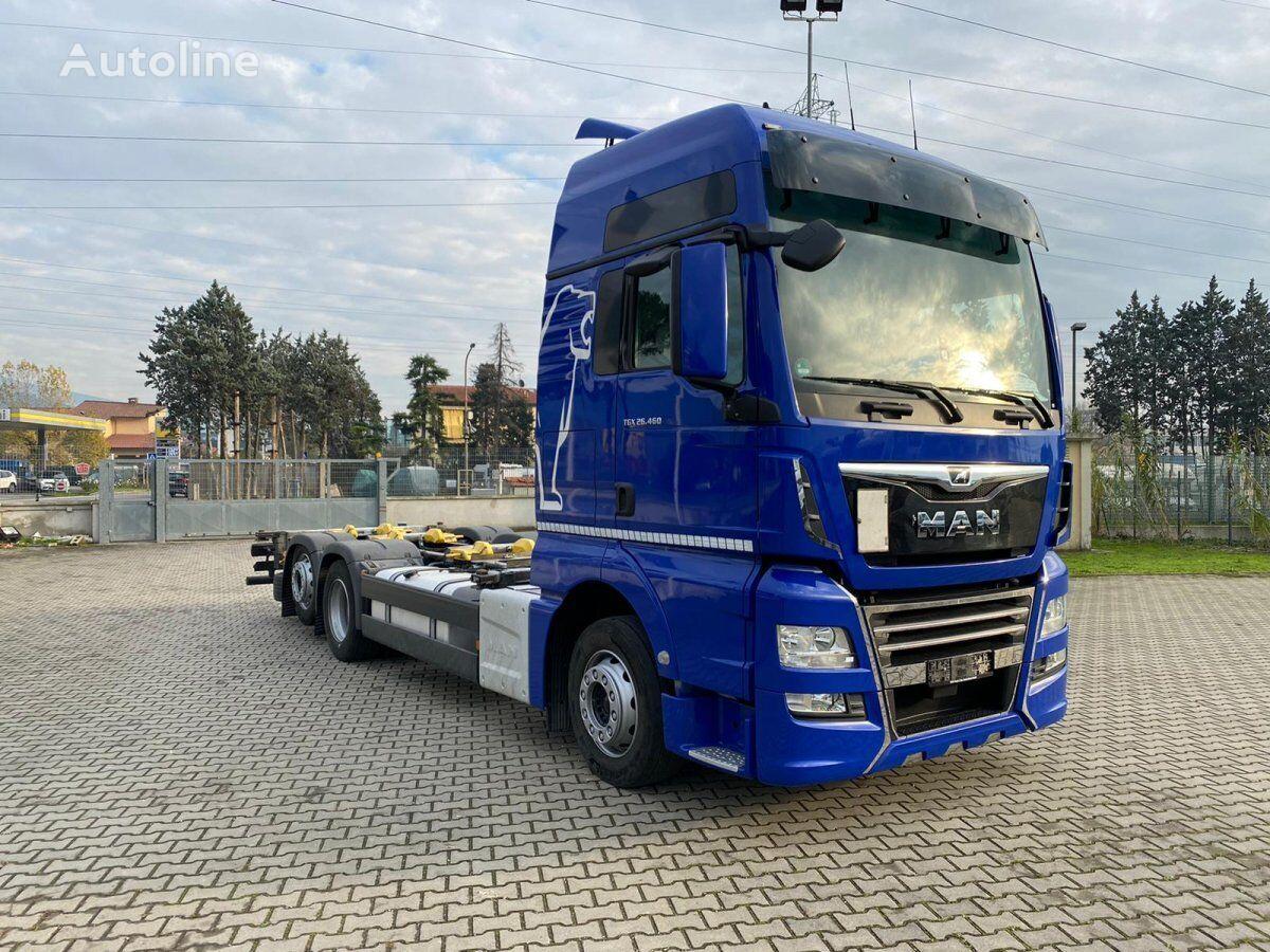 MAN TGX 26.460 LL CASSE MOBILI camión de contenedores