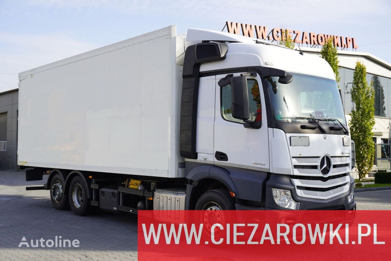 MERCEDES-BENZ Actros 2543 , E6 , 6x2 , 18 EPAL , partition wall , StreamSpace  camión frigorífico