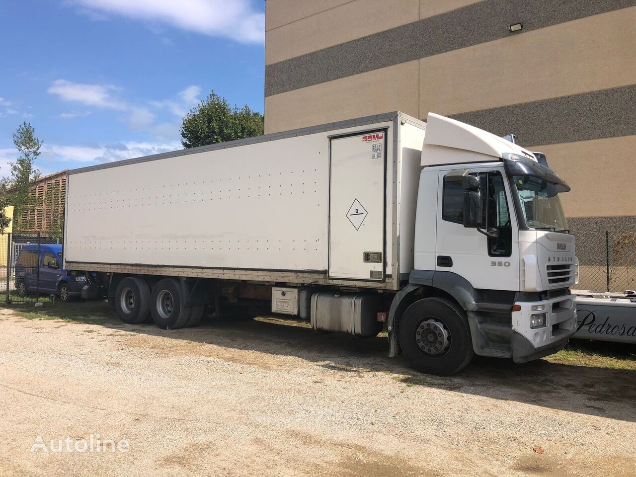 IVECO STRALIS AD260S35 camión furgón