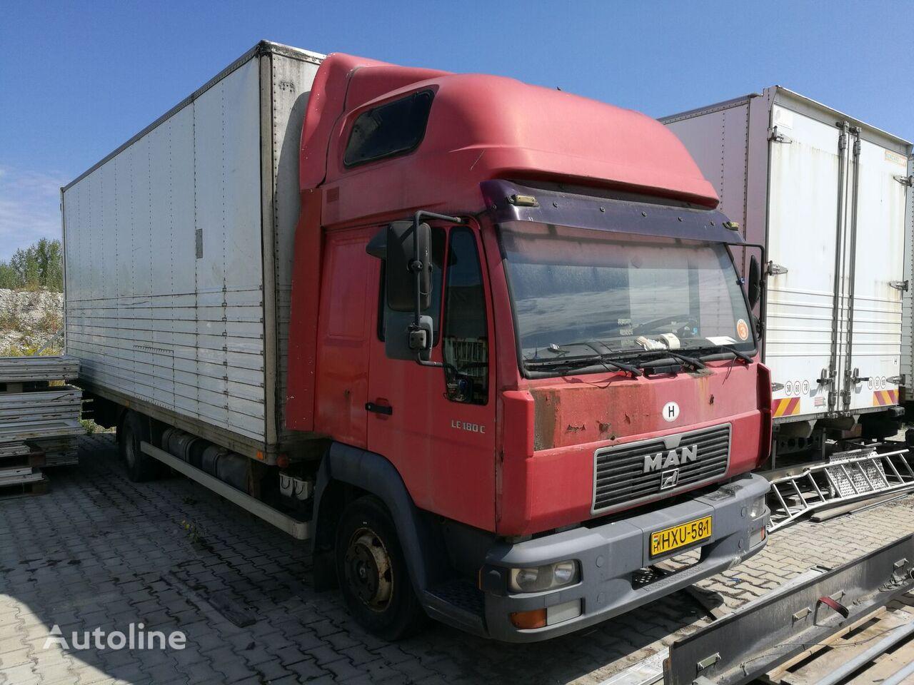 MAN 8.174 camión furgón