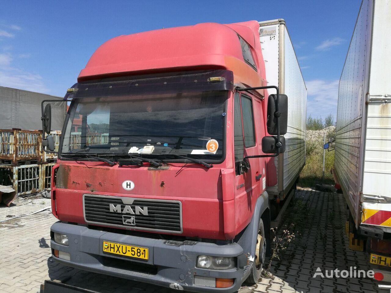MAN 8.185 LC camión furgón