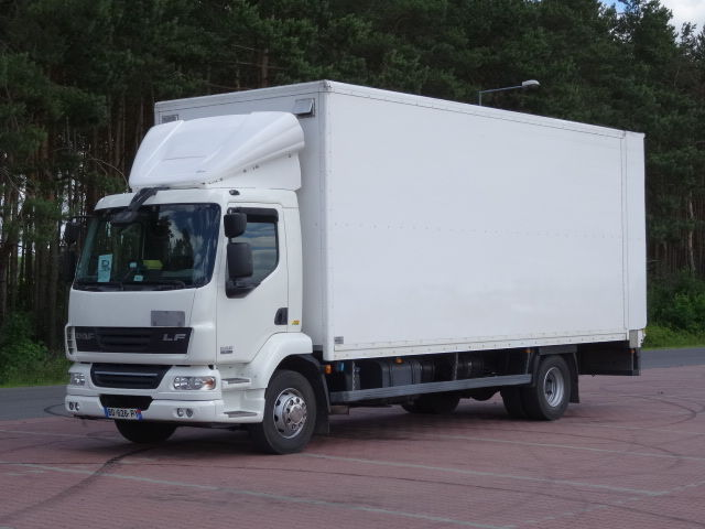 camion isotermo DAF LF 55.280
