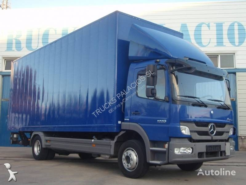 camion isotermo MERCEDES-BENZ Atego