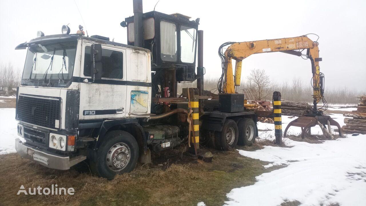 VOLVO F10 truck+ crane camión maderero