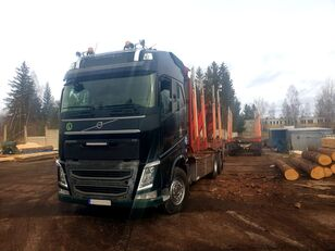 VOLVO FH 540 camión maderero
