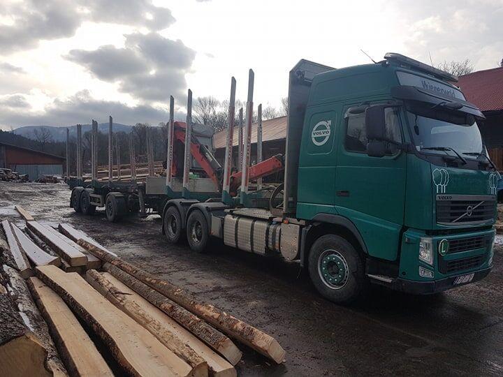 camión maderero VOLVO FH13 500
