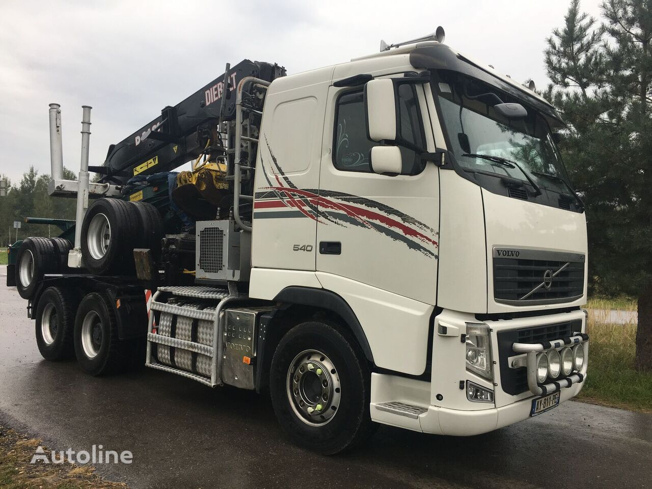 VOLVO FH13 540KM 6x4 kran Diebolt  camión maderero