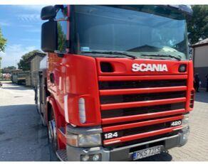 SCANIA 124-420 camión para transporte de leche