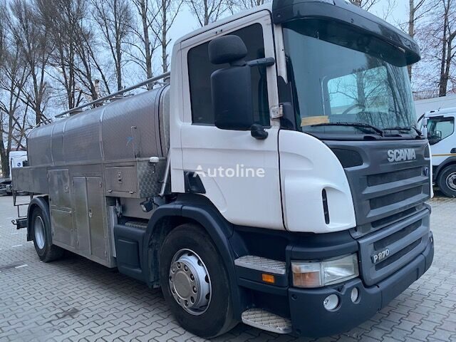SCANIA P270 camión para transporte de leche