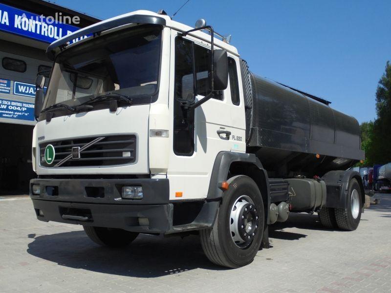VOLVO FL220 camión para transporte de leche