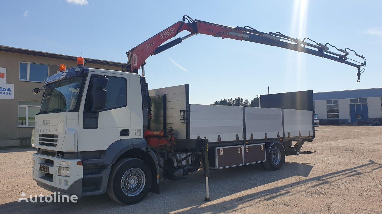 IVECO Stralis AT 190S31 4X2 camión plataforma