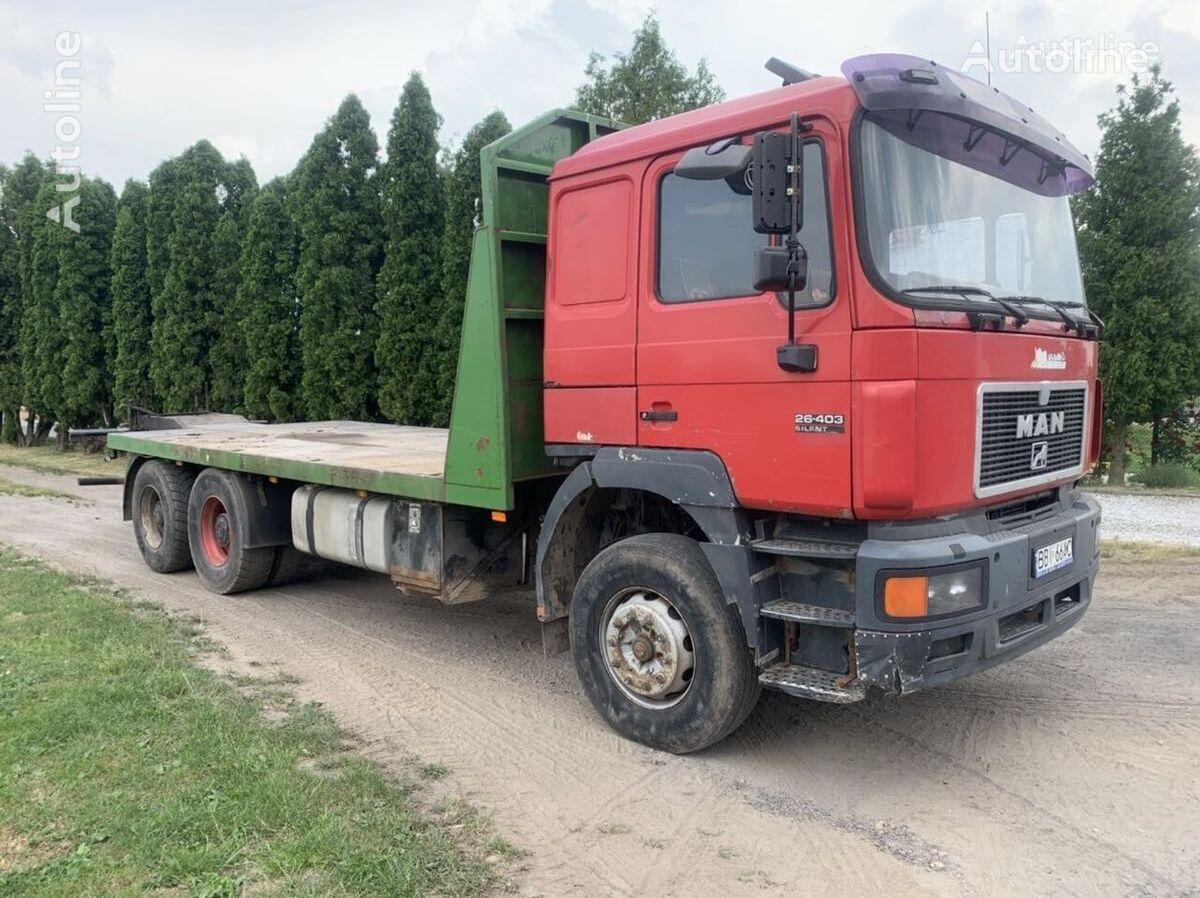 MAN F-series 26.403 6x4 F2000 camión plataforma