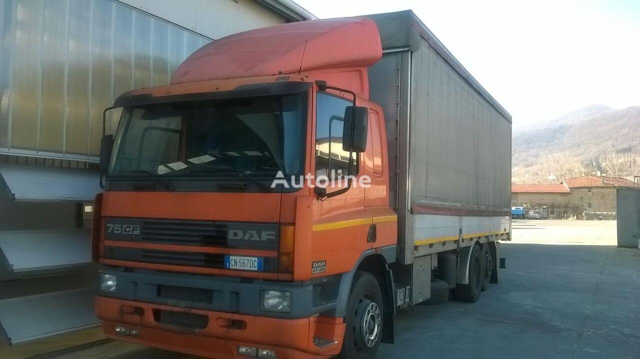 camión toldo DAF CF 75.290