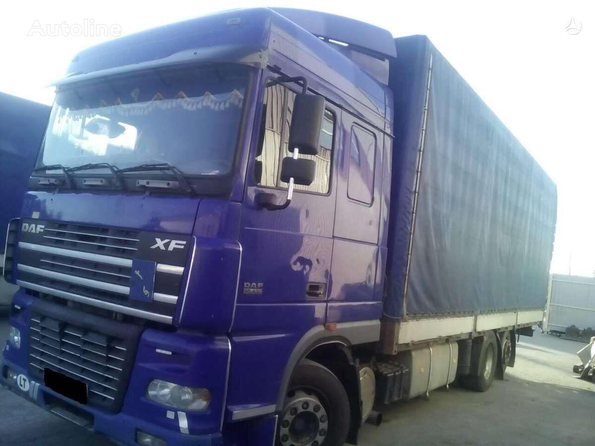 DAF FAR 95 XF camión toldo para piezas