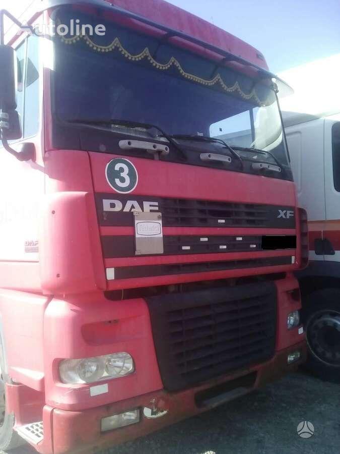 DAF FAR 95 XF, semi-trailer trucks camión toldo para piezas