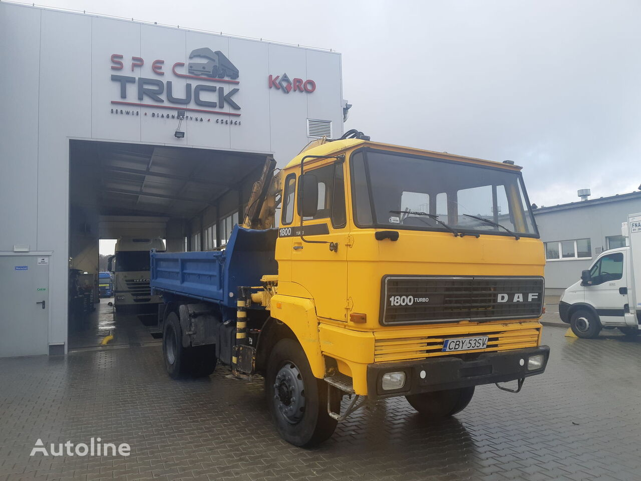 camión volquete DAF 1800, FULL STELL ,TIPPER WITH CRANE  ,4X4