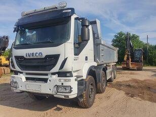 IVECO Trakker 500 8x4 EURO6 mileage only 147000 km volquete