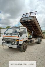 TOYOTA Dyna 300 14B 3.6 diesel left hand drive 7.5 ton volquete