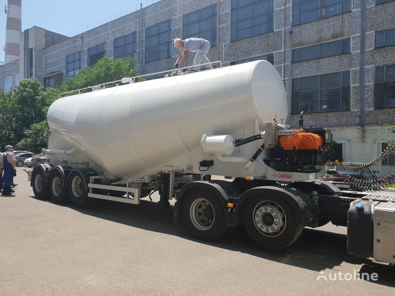 CARSAN Vakuumnyy cisterna de cemento nueva