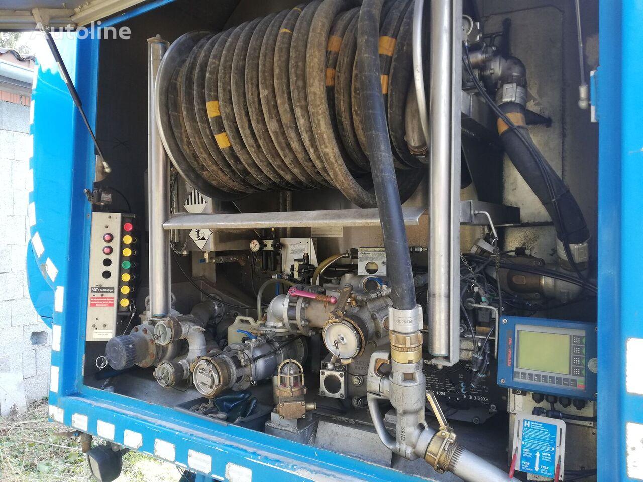 IVECO Stralis AD190S31 cisterna de combustible siniestrada