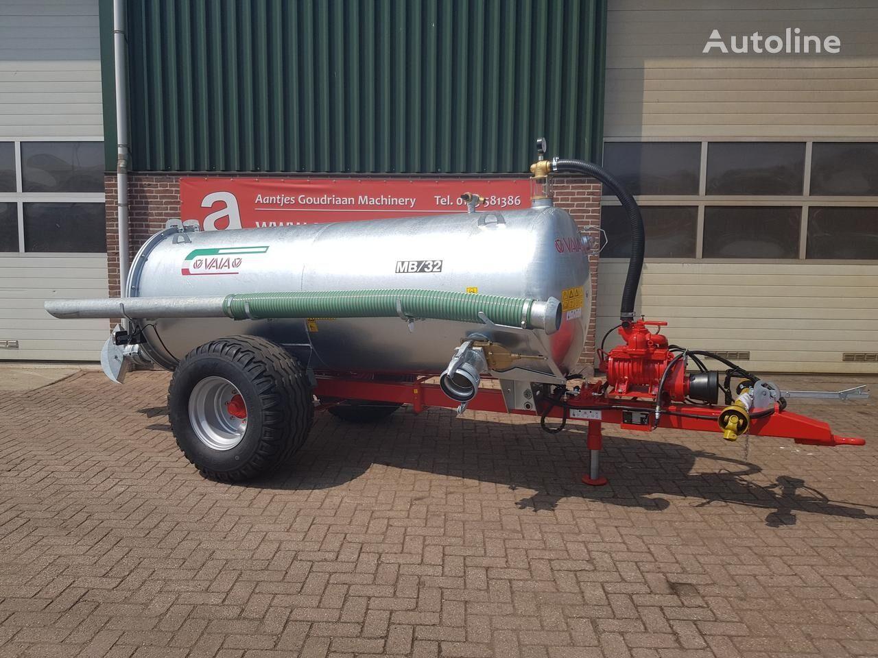 MB 32 Water tank  cisterna