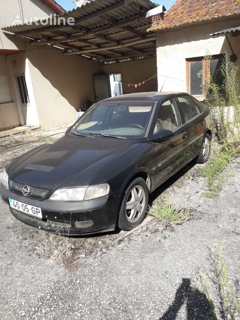 berlina OPEL Vectra
